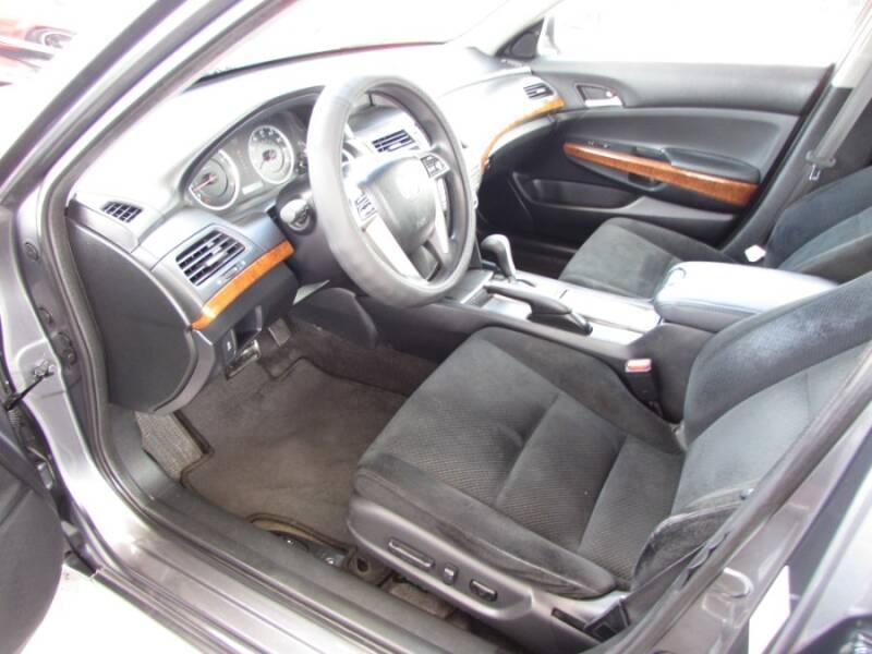2011 Honda Accord EX V6 (image 13)