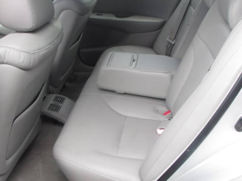 2005 Lexus ES 330 (image 35)