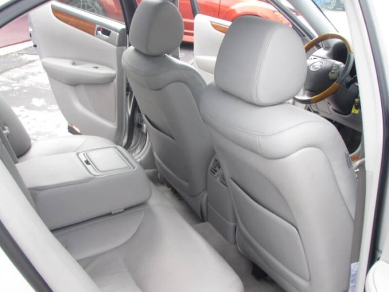 2005 Lexus ES 330 (image 37)