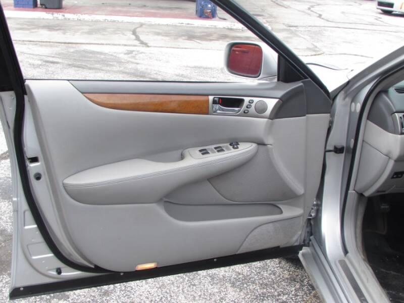 2005 Lexus ES 330 (image 44)