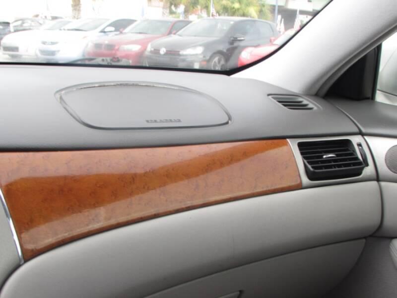 2005 Lexus ES 330 (image 23)