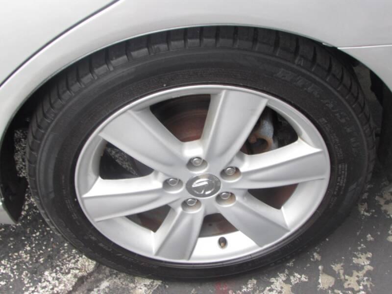 2005 Lexus ES 330 (image 12)