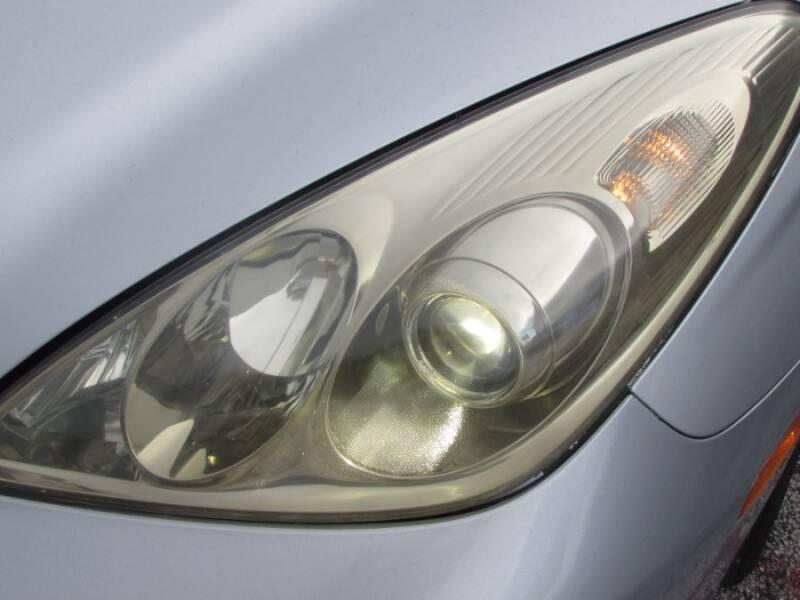 2005 Lexus ES 330 (image 17)