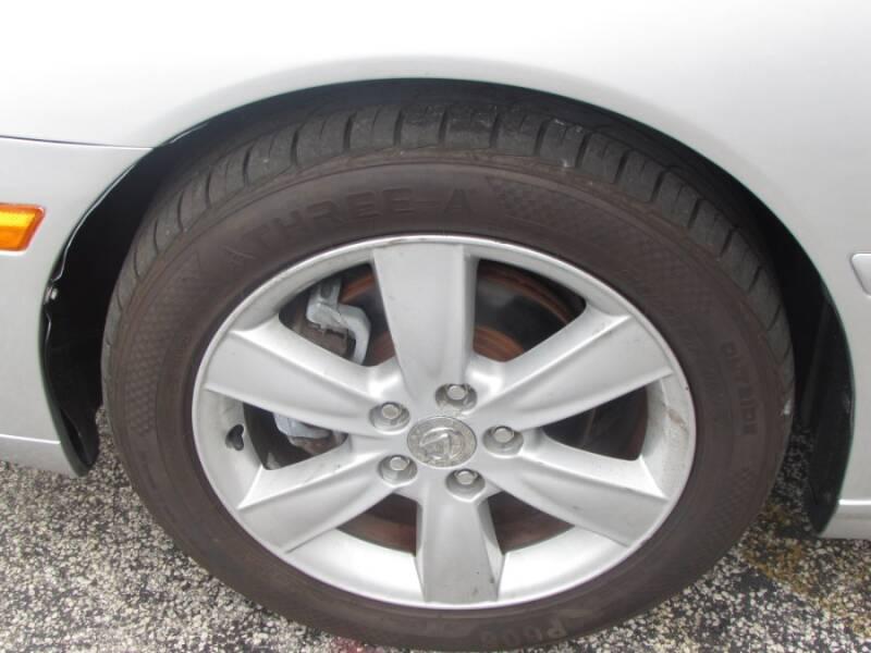 2005 Lexus ES 330 (image 11)
