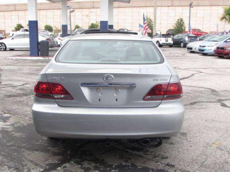 2005 Lexus ES 330 (image 6)