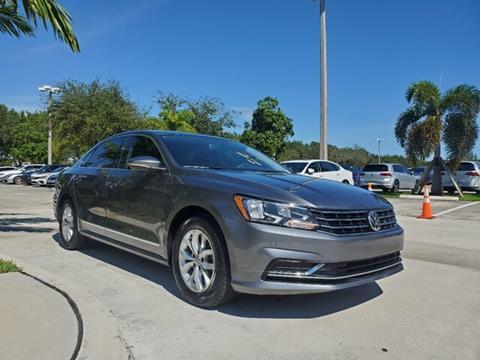 2017 Volkswagen Passat for sale in Coconut Creek, FL