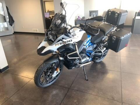 2019 BMW R1200 for sale at Robbins Motor Company in Manhattan KS
