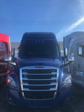 2020 Freightliner Cascadia for sale at LOU BACHRODT TRUCK GROUP in Hialeah Gardens FL