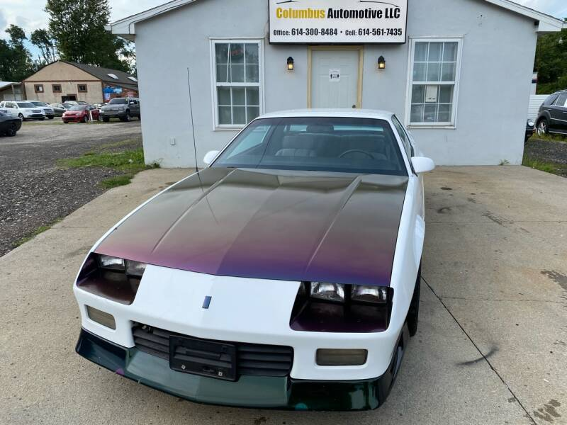 1992 Chevrolet Camaro for sale at COLUMBUS AUTOMOTIVE in Reynoldsburg OH
