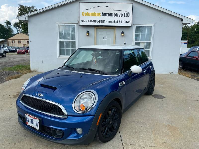 2013 MINI Hardtop for sale at COLUMBUS AUTOMOTIVE in Reynoldsburg OH