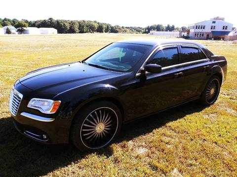 2013 Chrysler 300 for sale in North Hampton, NH
