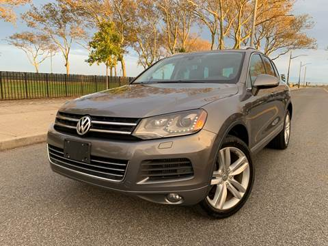 2012 Volkswagen Touareg for sale at Ultimate Motors in Port Monmouth NJ