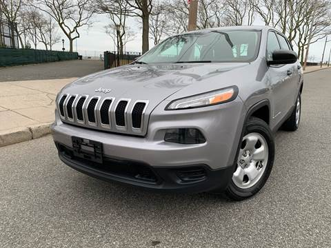 2016 Jeep Cherokee for sale at Ultimate Motors in Port Monmouth NJ