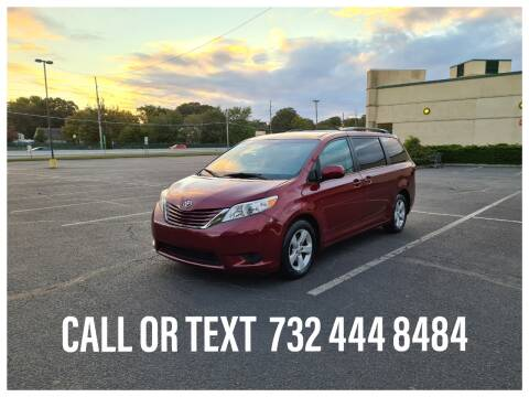 2015 Toyota Sienna for sale at Ultimate Motors in Port Monmouth NJ