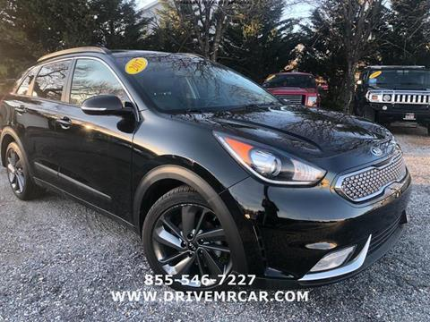 2017 Kia Niro for sale at Mr. Car LLC in Brentwood MD