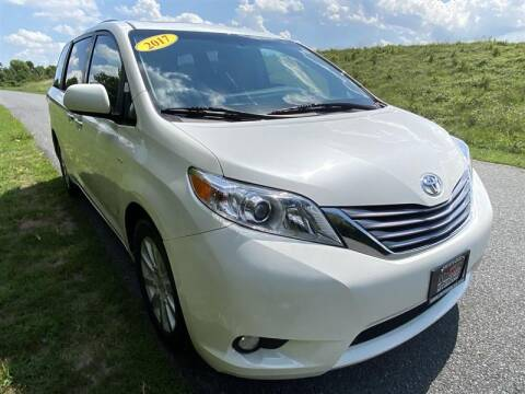 2017 Toyota Sienna for sale at Mr. Car LLC in Brentwood MD