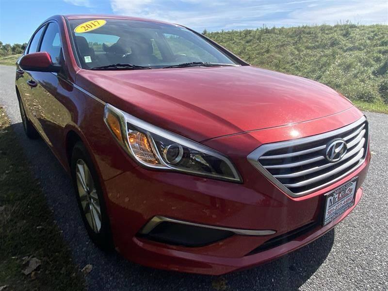 2017 Hyundai Sonata for sale at Mr. Car LLC in Brentwood MD