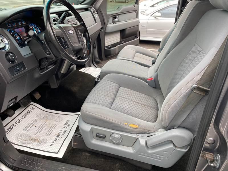 2012 Ford F-150 XLT (image 9)