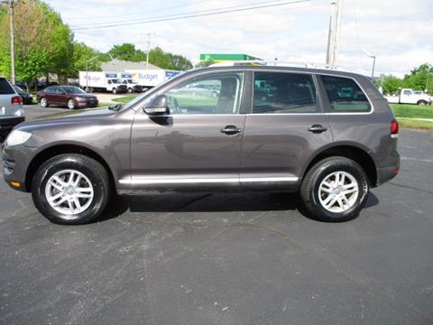 2010 Volkswagen Touareg for sale at Pinnacle Investments LLC in Lees Summit MO
