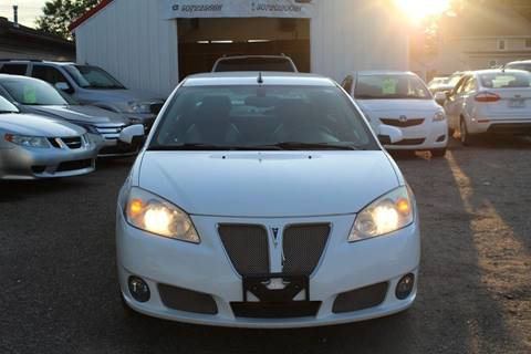 2009 Pontiac G6 for sale at Rochester Auto Mall in Rochester MN