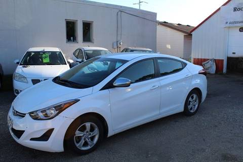 2015 Hyundai Elantra for sale at Rochester Auto Mall in Rochester MN