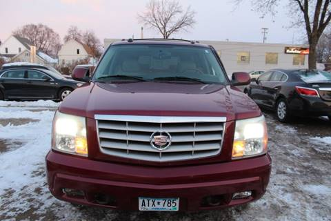 2004 Cadillac Escalade ESV for sale at Rochester Auto Mall in Rochester MN