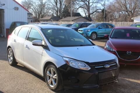 2013 Ford Focus SE for sale at Rochester Auto Mall in Rochester MN