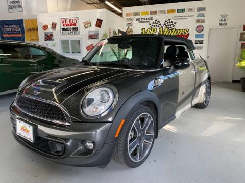 2015 MINI Convertible for sale in West Babylon, NY