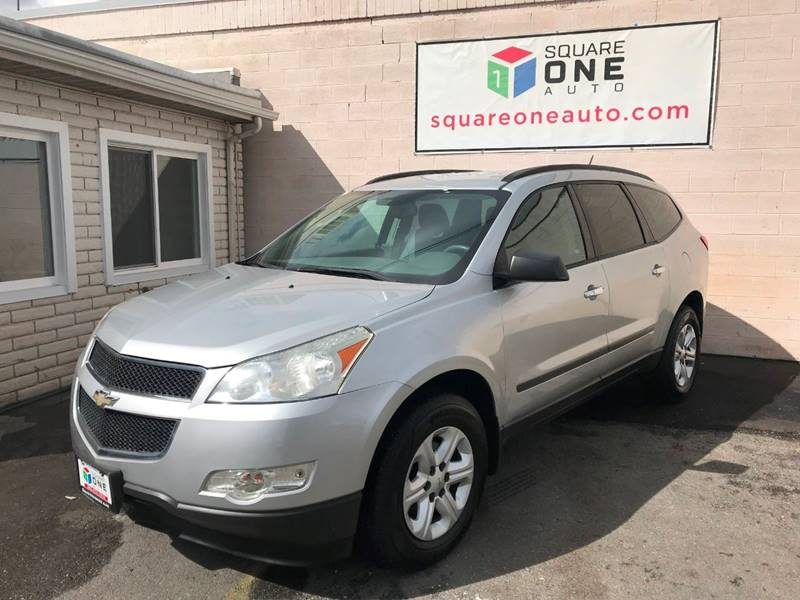 2011 Chevrolet Traverse for sale at SQUARE ONE AUTO LLC in Murray UT