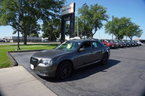 2019 Chrysler 300 for sale at Ideal Wheels in Sioux City IA