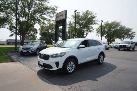 2019 Kia Sorento for sale at Ideal Wheels in Sioux City IA