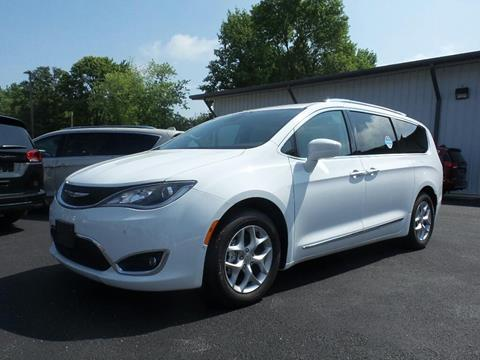 2019 Chrysler Pacifica for sale in Casey, IL