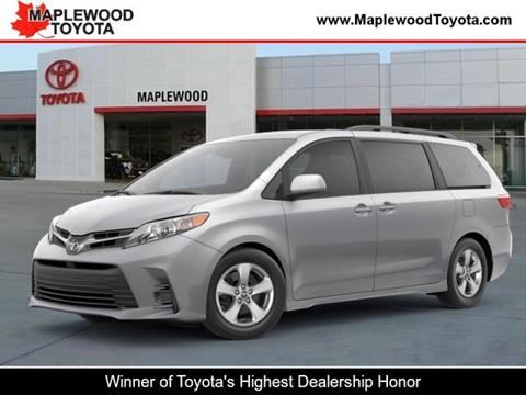 2020 Toyota Sienna for sale in Maplewood, MN