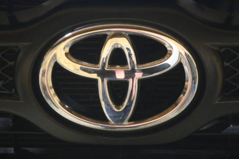 2013 Toyota Tacoma V6 (image 35)