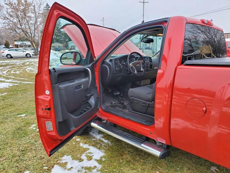 2011 Chevrolet Silverado 1500 LT (image 11)