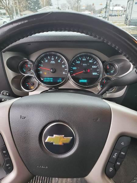 2011 Chevrolet Silverado 1500 LT (image 19)