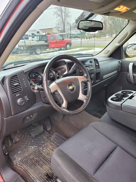 2011 Chevrolet Silverado 1500 LT (image 21)