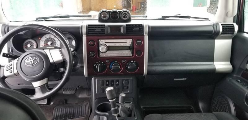 2007 Toyota FJ Cruiser (image 17)