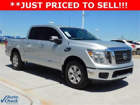 Trucks For Sale In Okc >> 2017 Nissan Titan For Sale In Oklahoma City Ok
