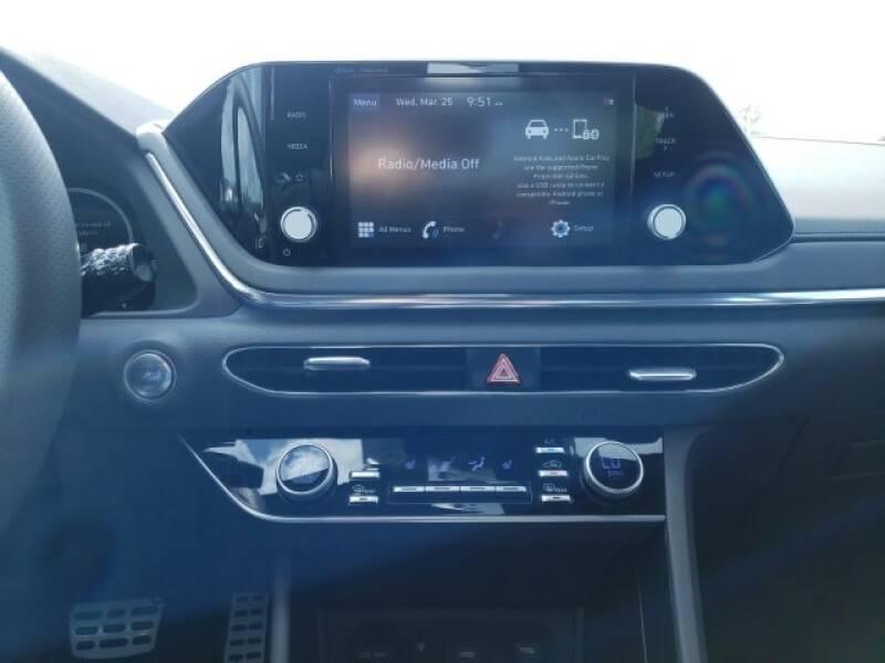 2020 Hyundai Sonata SEL Plus (image 10)