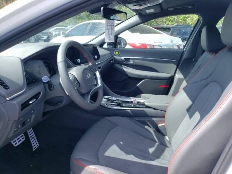 2020 Hyundai Sonata SEL Plus (image 8)