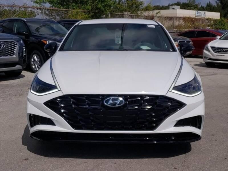 2020 Hyundai Sonata SEL Plus (image 2)