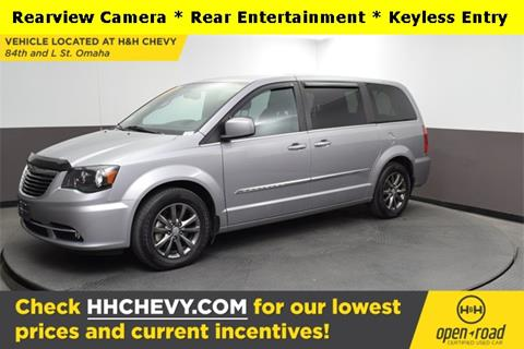 2015 Chrysler Town and Country for sale in Omaha, NE