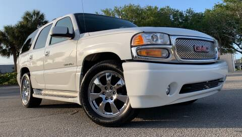 2006 GMC Yukon for sale at PennSpeed in New Smyrna Beach FL