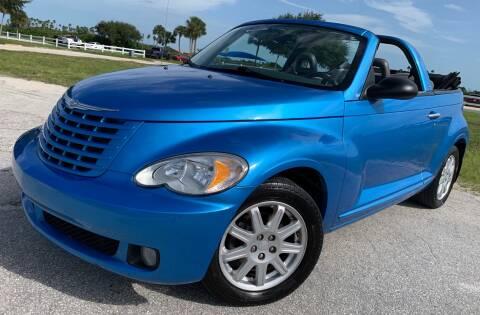 2008 Chrysler PT Cruiser for sale at PennSpeed in New Smyrna Beach FL