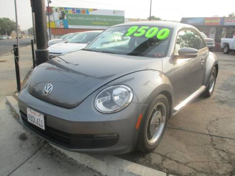 2013 Volkswagen Beetle for sale at Quick Auto Sales in Modesto CA