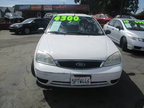 2005 Ford Focus for sale at Quick Auto Sales in Modesto CA