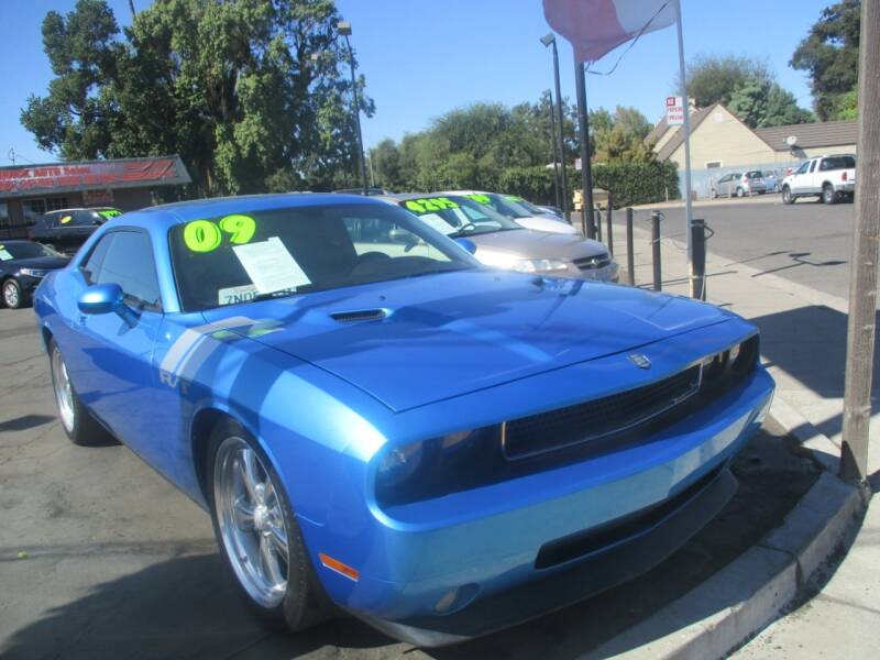 2009 Dodge Challenger for sale at Quick Auto Sales in Modesto CA