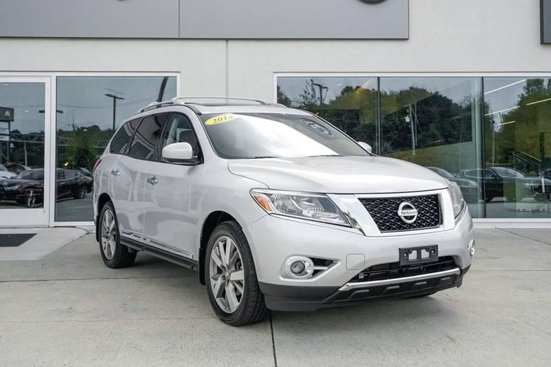 2014 Nissan Pathfinder Platinum (image 1)