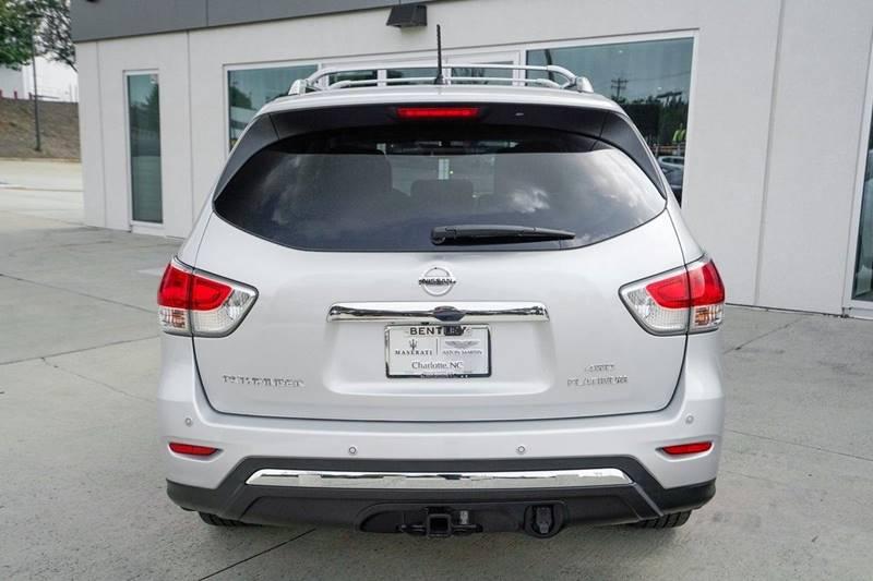 2014 Nissan Pathfinder Platinum (image 6)